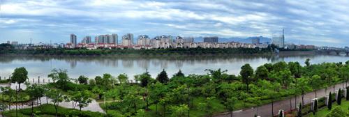 """让""""山水田林城""""融为一体,衢州市本级正在加快推进环信安湖和乌溪江"""